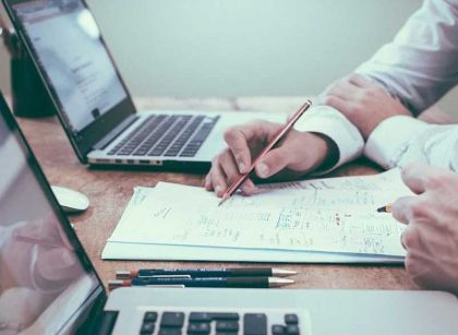 How Improv Workshops Can Develop Business Skills 420x307 - How Improv Workshops Can Develop Business Skills